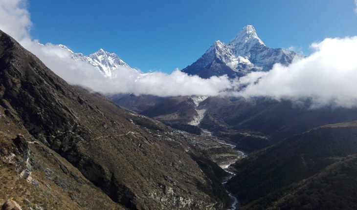 Ama-Dablam-Mountain