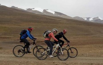 Bicycle-tour-in-Tibet