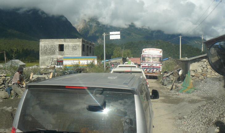 Kailash-Manosravar-tour-with-tourist-Link