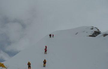 Summit-of-Island-peak