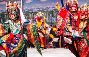 Tiji-Festival-of-Tourist-Li